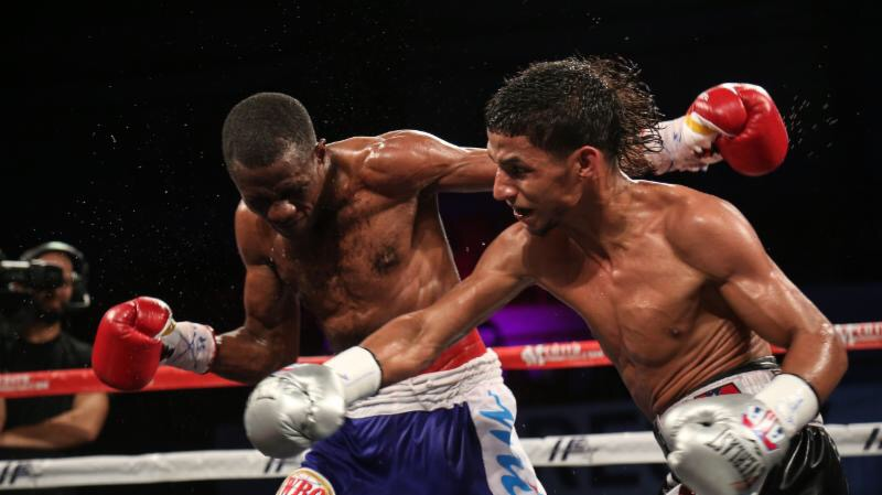 Acosta beats uutoni moves into wbo title shot against - Hector santos ...